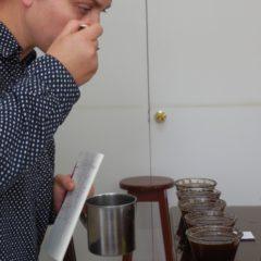 Verkosten der Kaffees bei Cenfrocafe