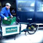 Coffee delivery for cafés or offices with a bicycle